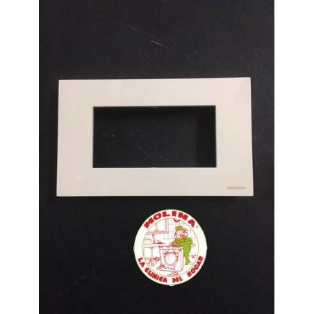 Placa 4 elementos Niessen Zenit 14x8,5 cm.