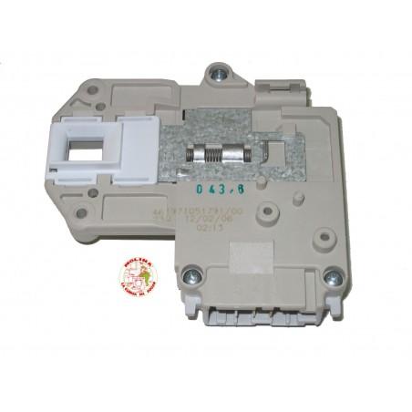 Interruptor, cierre, retardado Lavadora, Whirlpool, Philips, Ignis, Bauknecht,  3 contactos.
