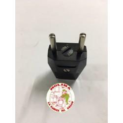 Clavija bitensión negra 16 Amp. 125/220 V.