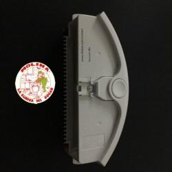 Depósito basura aspirador robótico Roomba blanco.